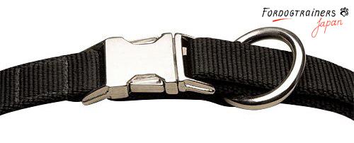 バックル付き使いやすいナイロンの首輪
